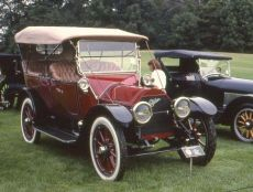 1913_cadillac_red-greatcarcaves