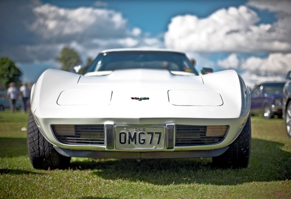 Anibal-Affiliates-GreatCarCaves-1977-white-chevy-corvette