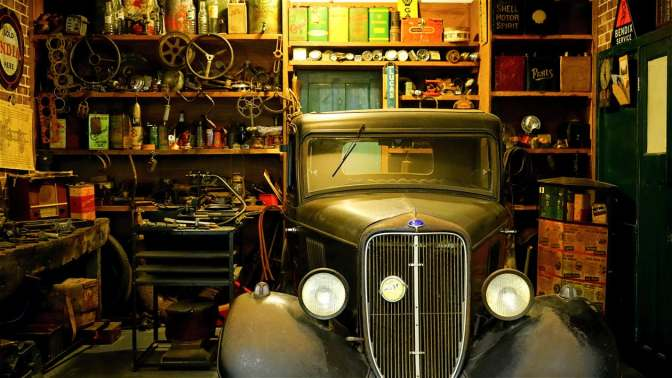 Anibal-Affiliates-GreatCarCaves-early-1930s-ford-automobile-car-repair-classic